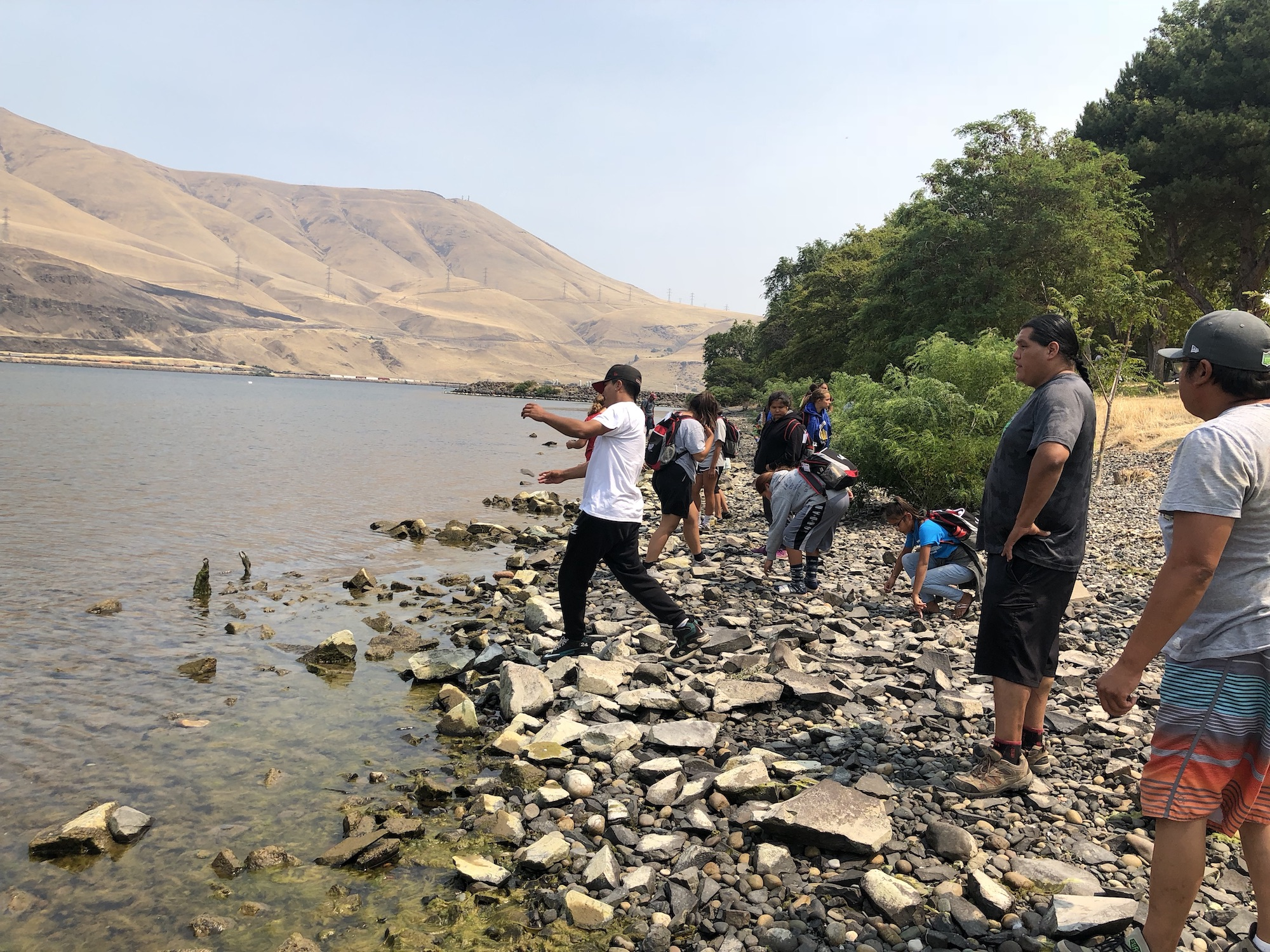 day-2-celilo-skipping-rocks